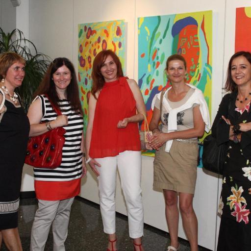 Prijateljice iz Gimnazije na otvoritvi moje razstave v Galeriji Krka v Novem mestu, leto 2012