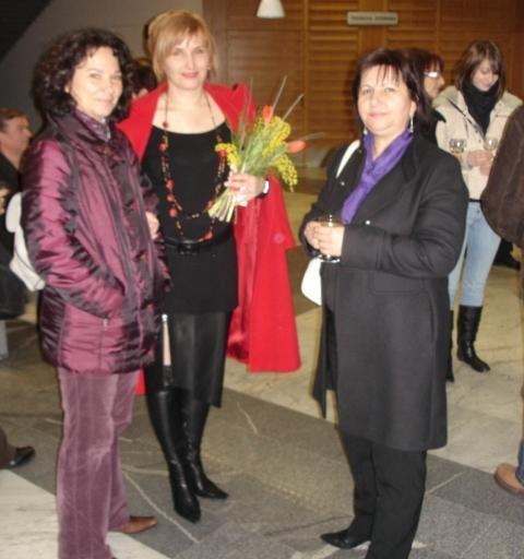Mentorica Marjetka Godler(desno), Mojca Tavčar (levo)