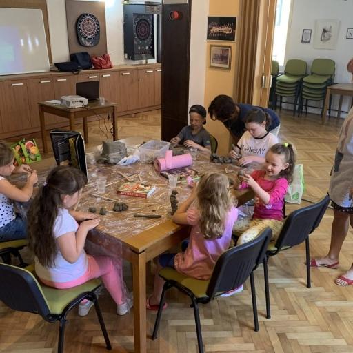 Vodila sem poletne delavnice za otroke v Novem mestu, 2020
