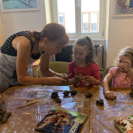 Vodila sem ustvarjalno delavnico za otroke v Novem mestu, poletje 2020
